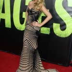 Blake-Lively-a-l-avant-premiere-de-Savages-a-Hollywood-le-25-juin-2012 (4)