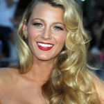 Blake-Lively-a-l-avant-premiere-de-Savages-a-Hollywood-le-25-juin-2012 (5)