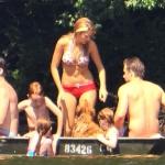 Blake-Lively-et-Ryan-Reynolds-a-Lakeside-a-New-York-le-4-juillet-2012 (11)