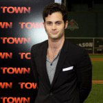 Dan-Humphrey-Penn-Badgley (18)