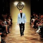 Ed-Westwick-nouvelle-egerie-de-Philipp-Plein-il-a-defile-pour-la-marque-a-Milan (6)