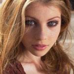 Michelle-Trachtenberg-Georgina-Sparks (2)
