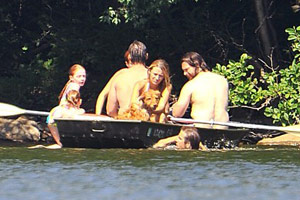 Blake Lively et Ryan Reynolds à Lakeside à New York, le 4 juillet 2012 (photos)